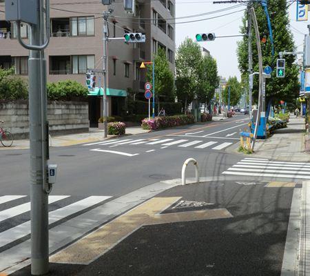 tky fuchu city01 new 20110502 a chan butai_R