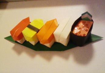 笹の上に寿司