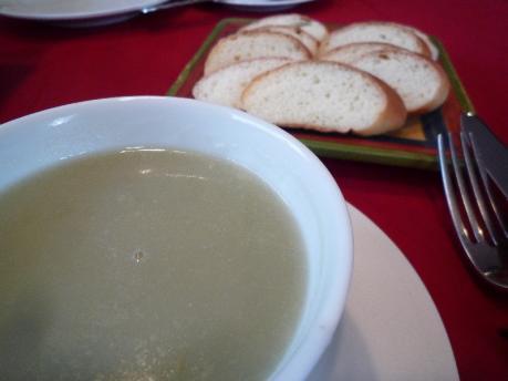 1ソラマメのスープとパン