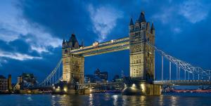 800px-Tower_bridge_London_Twilight_-_November_2006.jpg