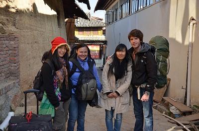 057 麗江と大理へそれぞれ出発する4人