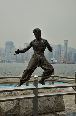038香港