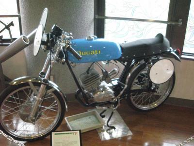 1962+DUCATI+SPORT_convert_20091004205555.jpg