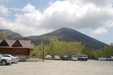 駐車場から白笹山