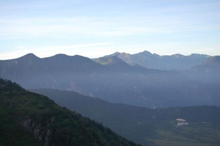 57薬師岳への稜線