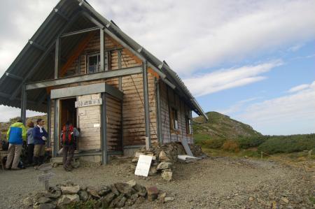 ②中岳避難小屋24