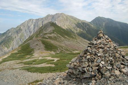 ②大聖寺平から見る悪沢岳、前岳41