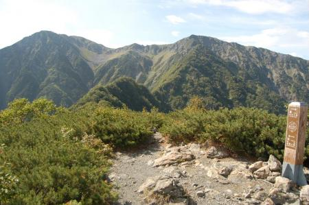 ②富士見平からの赤石岳55