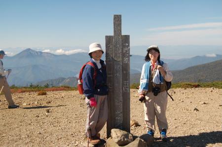 東吾妻山頂25