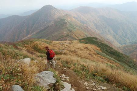 小朝日岳への下山29