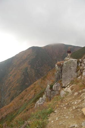 大朝日岳と背比べ32