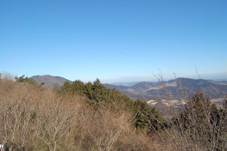 6展望台からの加賀田山