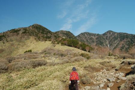 14焼石から赤薙山へ