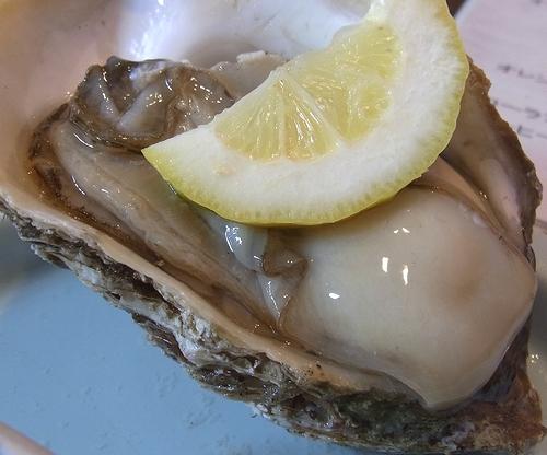 道の駅あつみ-岩牡蠣