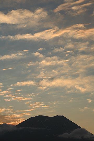 黎明焼け雲