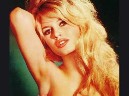 Brigitte-Bardot-b4_convert_20111210185248.jpg