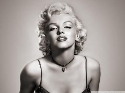 marilyn_monroe-wallpaper-800x600_convert_20111230201203.jpg