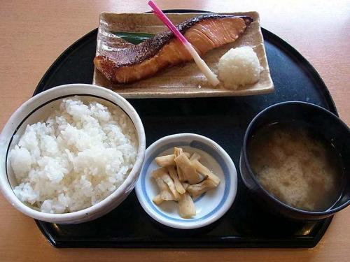 銀鮭味噌漬け焼き定食
