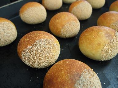 季節のあんぱん・栗あんパン