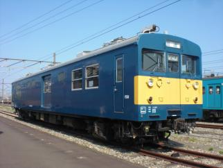 クモヤ145-117