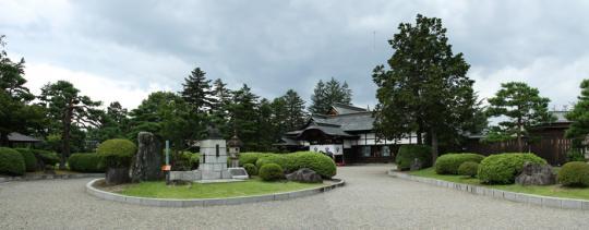 20090813_uesugi_memorial_hall-02.jpg