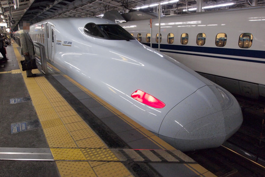 20110501_jrkyushu_n700_8000-02.jpg