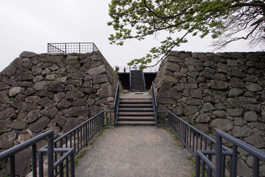 20110503_fukuoka_castle-60.jpg