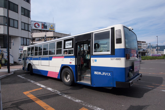 20110731_jrwest_bus-01.jpg