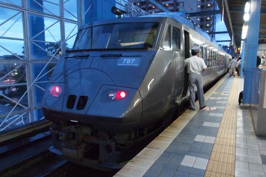 20110814_jrkyushu_ec_787-01.jpg
