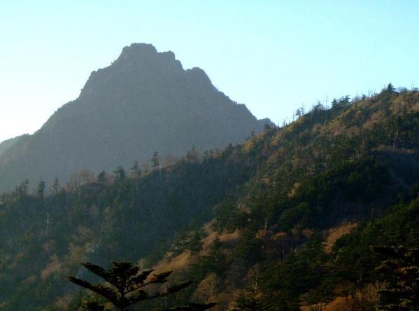 土小屋から石鎚山02