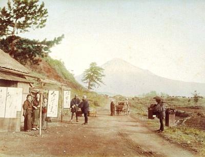東海道岩淵からの富士山