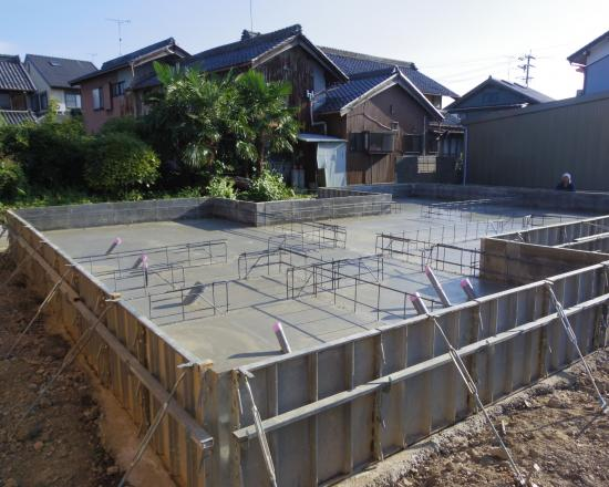 基礎工事 ベースコンクリート+003_convert_20120711160132