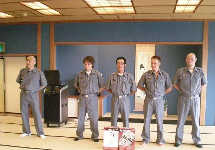 敢闘賞を獲得した5名の団員